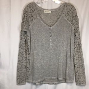 Abercrombie & Fitch Women's Lace Top Size S